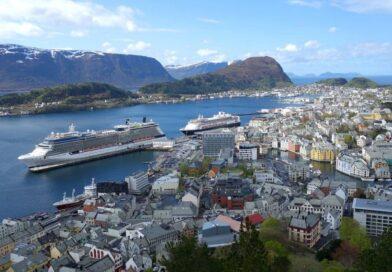 Welke ultraluxe schepen varen in 2022 naar … de Noorse Fjorden en Noordkaap?